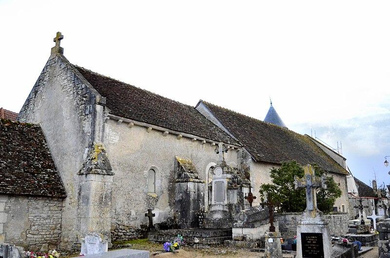 Photo du Monument Historique Eglise du prieuré Saint-Martin situé à Vallenay