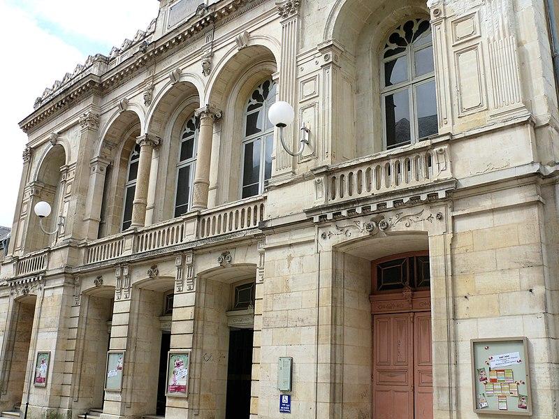 Photo du Monument Historique Théâtre municipal Jacques-Coeur situé à Bourges