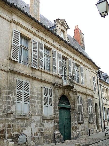 Photo du Monument Historique Hôtel de François Minard situé à Bourges