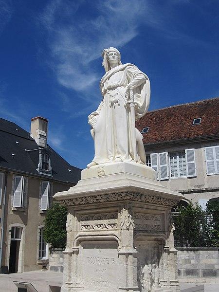 Photo du Monument Historique Monument à Jacques Coeur situé à Bourges