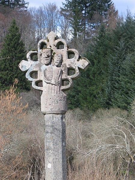 Photo du Monument Historique Calvaire de Besse situé à Ambrugeat