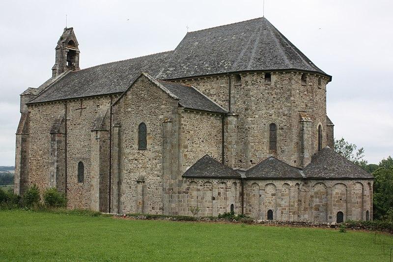 Photo du Monument Historique Eglise Saint-Pierre et Saint-Pardoux situé à Arnac-Pompadour