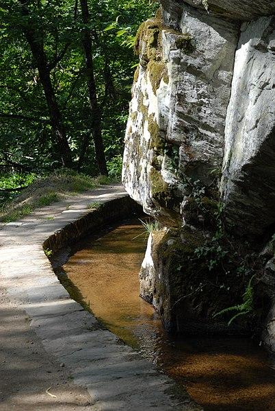 Photo du Monument Historique Canal des moines d'Obazine situé à Aubazines