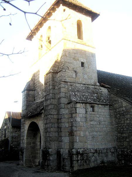 Photo du Monument Historique Eglise Saint-Pierre-ès-Liens situé à Bassignac-le-Haut