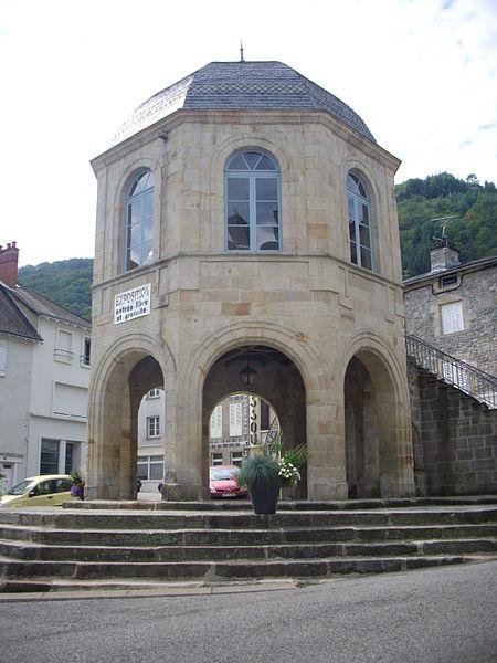 Photo du Monument Historique Anciennes halles situé à Bort-les-Orgues