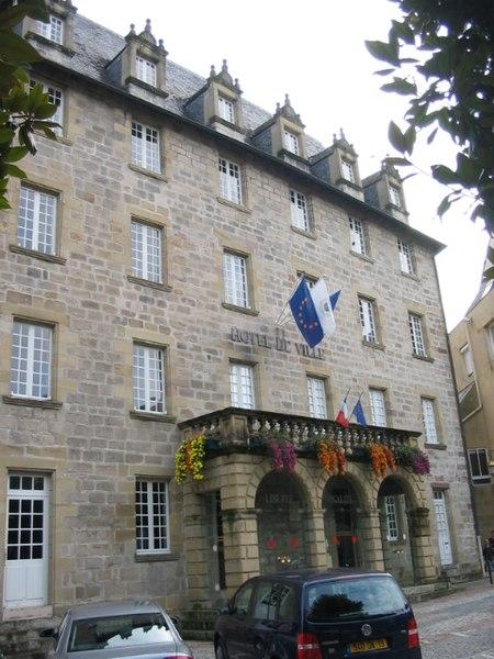 Photo du Monument Historique Ancien Collège des Doctrinaires ou ancien collège de jeunes filles situé à Brive-la-Gaillarde