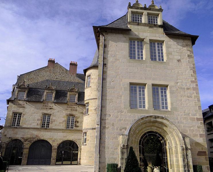 Photo du Monument Historique Ancien musée Ernest Rupin, actuellement Archives municipales situé à Brive-la-Gaillarde