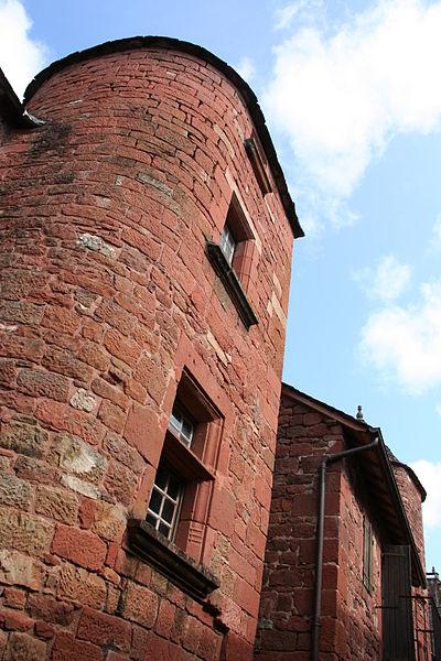 Photo du Monument Historique Ancien tribunal de la Chatellerie situé à Collonges-la-Rouge