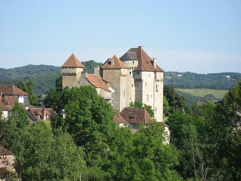 Photo du Monument Historique Châteaux de Saint-Hilaire et des Plas situé à Curemonte