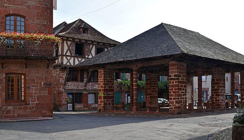 Photo du Monument Historique Halle à grains situé à Meyssac