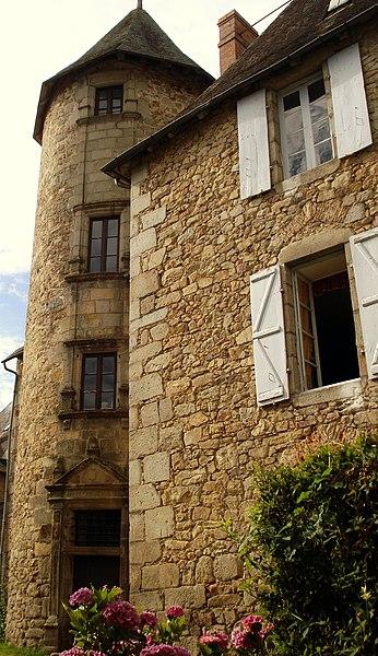 Photo du Monument Historique Tour Saint-Mexant situé à Neuvic