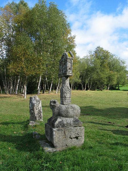 Photo du Monument Historique Croix de chemin dite des Templiers situé à Peyrelevade