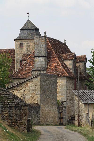 Photo du Monument Historique Manoir du Battut situé à Queyssac-les-Vignes