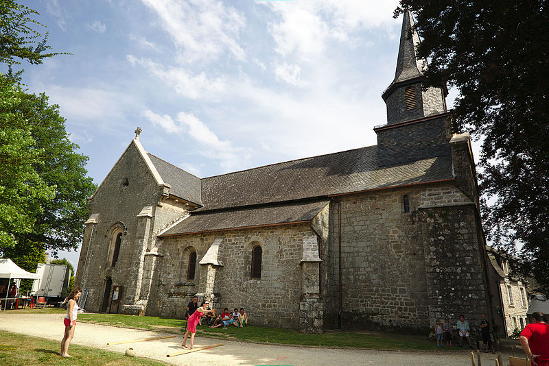 Photo du Monument Historique Eglise Sainte-Croix situé à Rosiers-d'Egletons