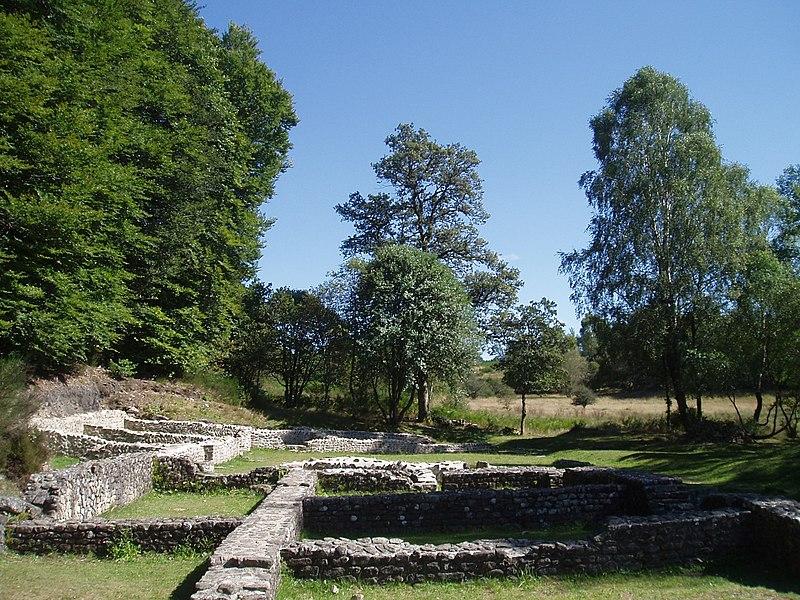 Photo du Monument Historique Ruines gallo-romaines des Cars situé à Saint-Merd-les-Oussines