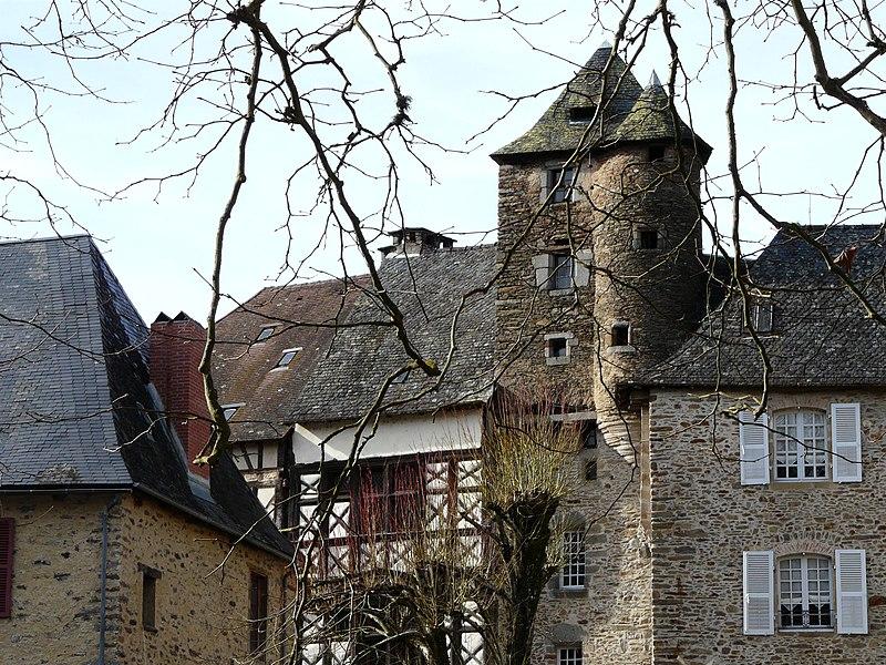 Photo du Monument Historique Maison du 15e siècle situé à Ségur-le-Château