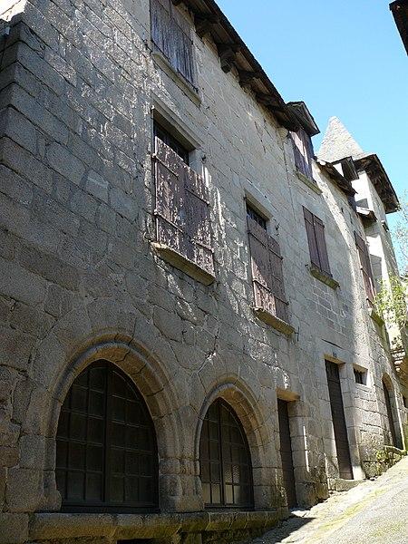 Photo du Monument Historique Maison avec bretêche situé à Treignac
