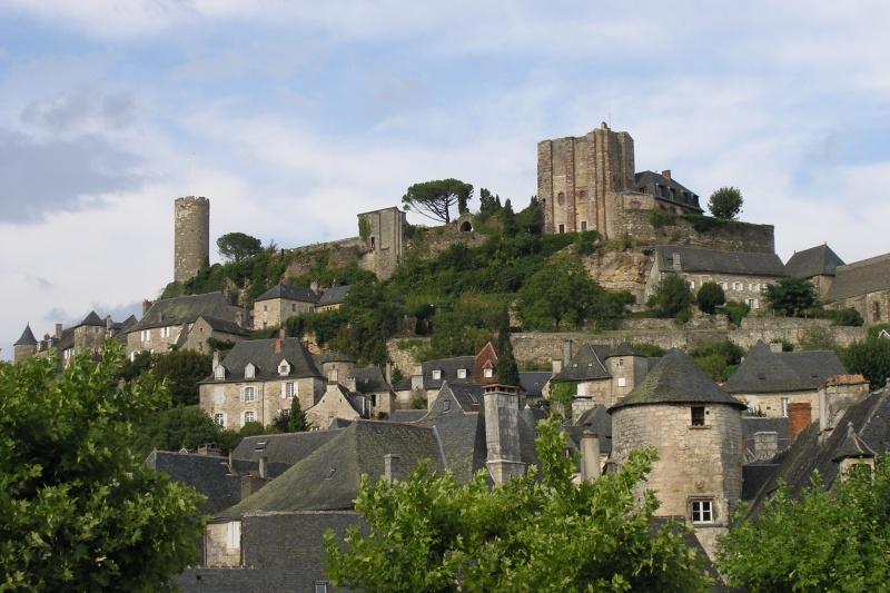 Photo du Monument Historique Vestiges du château situé à Turenne
