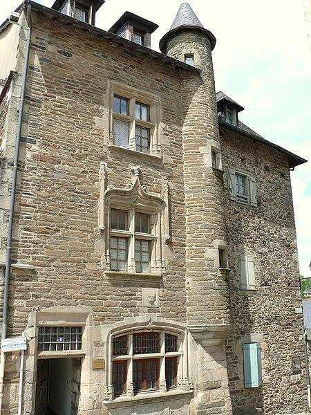 Photo du Monument Historique Maison Eyssartier situé à Uzerche
