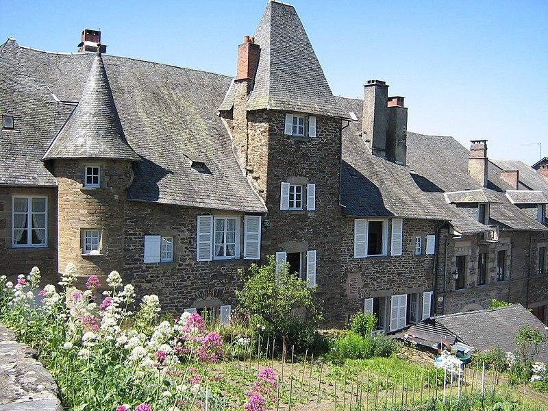 Photo du Monument Historique Maison de Tayac situé à Uzerche