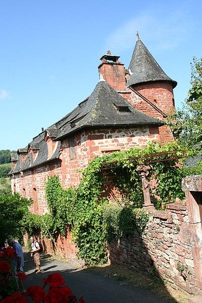 Photo du Monument Historique Château de Benge situé à Collonges-la-Rouge