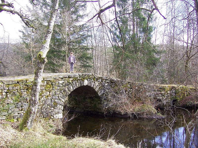 Photo du Monument Historique Pont de Varieras situé à Pérols-sur-Vézère