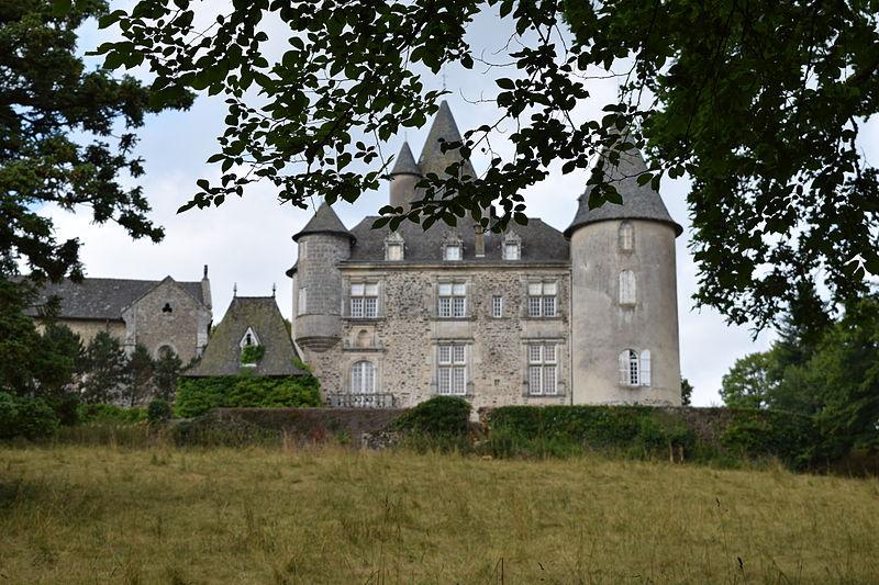 Photo du Monument Historique Château de Seilhac situé à Seilhac