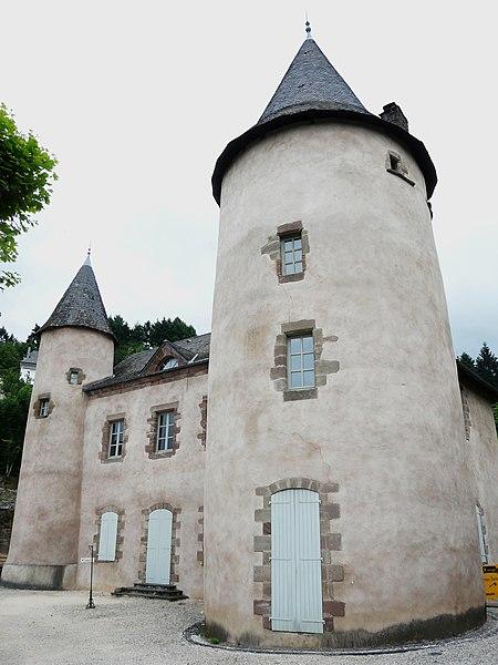 Photo du Monument Historique Manoir dit ancienne Ecole des Tours situé à Allassac