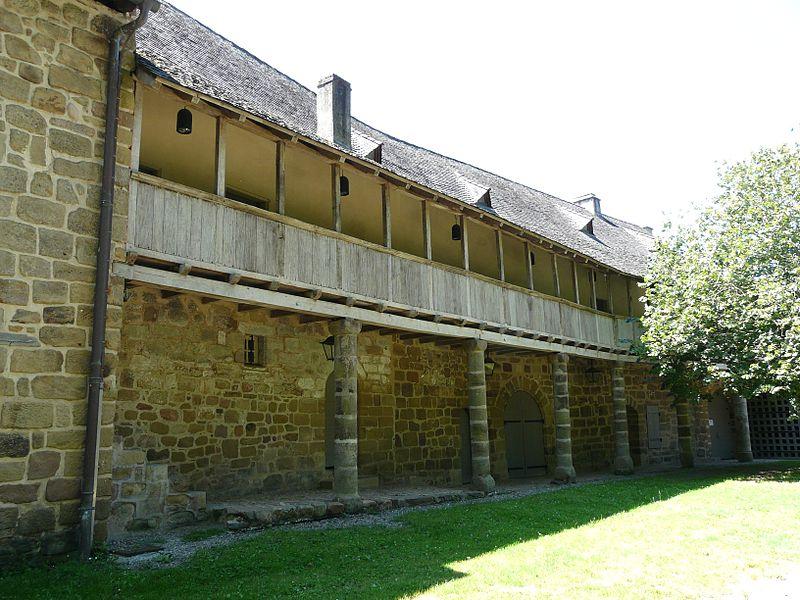 Photo du Monument Historique Bâtiments de l'ancien prieuré Saint-Xantin, dits ancien presbytère situé à Malemort-sur-Corrèze