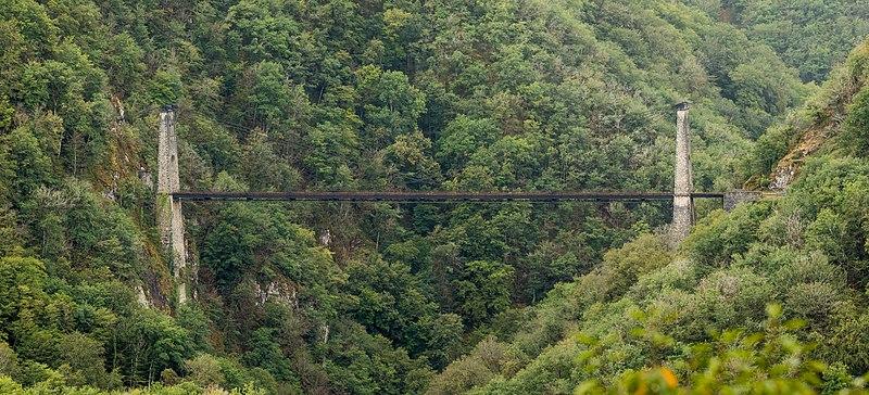 Photo du Monument Historique Viaduc des Rochers Noirs (également sur commune de Soursac) situé à Lapleau