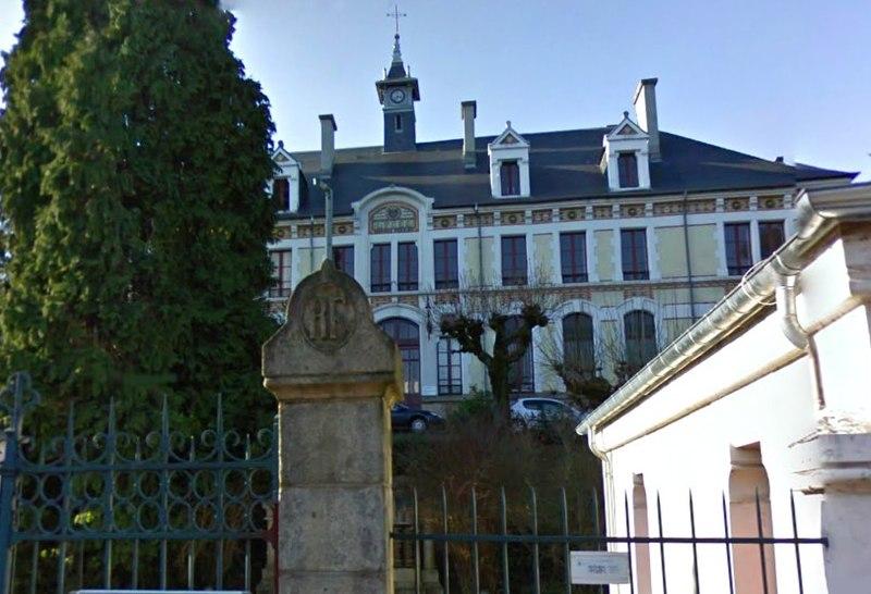 Photo du Monument Historique Lycée Edmond-Perrier situé à Tulle