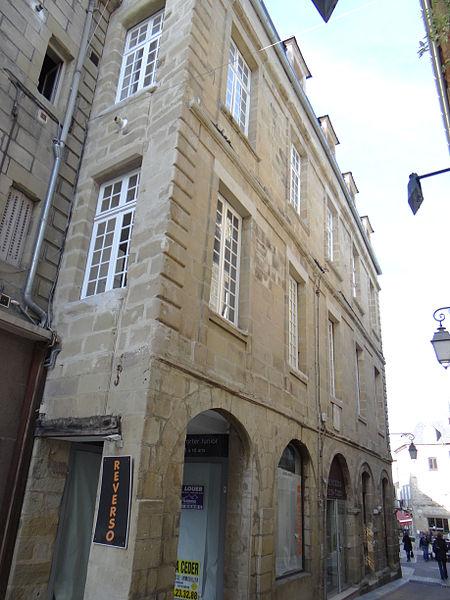Photo du Monument Historique Hôtel de Jumilhac situé à Brive-la-Gaillarde