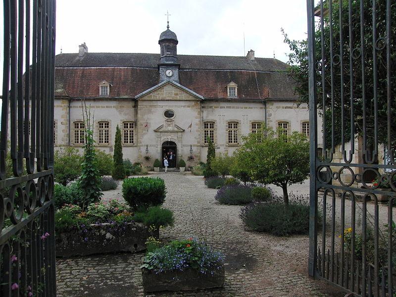 Photo du Monument Historique Hospice Saint-Pierre situé à Arnay-le-Duc