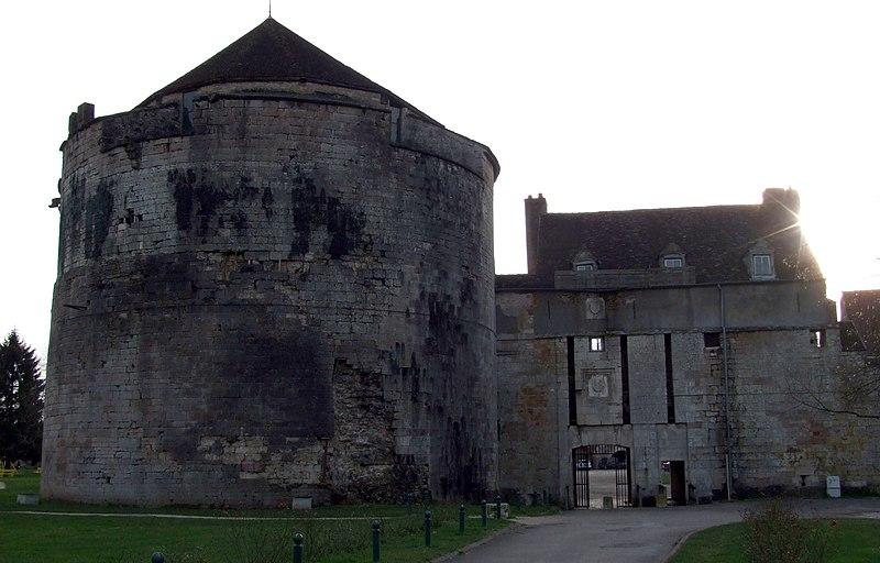 Photo du Monument Historique Château situé à Auxonne
