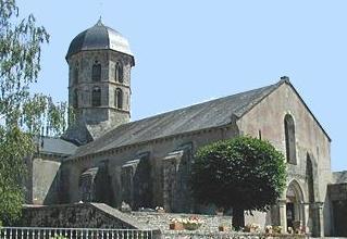 Photo du Monument Historique Eglise Saint-Jean-l'Evangéliste situé à Bard-le-Régulier