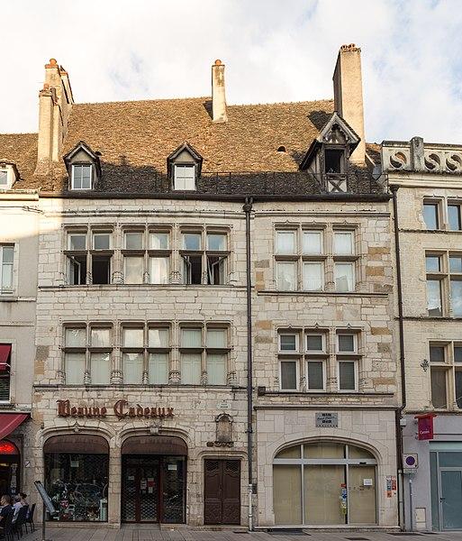Photo du Monument Historique Hôtel Meursault ou hôtel de la Rochepot situé à Beaune