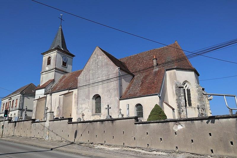 Photo du Monument Historique Eglise situé à Binges