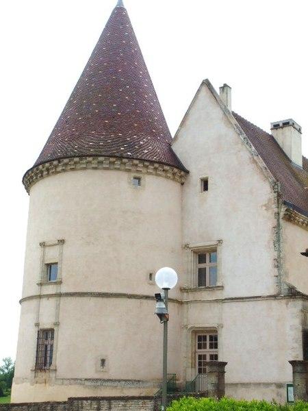 Photo du Monument Historique Château situé à Chailly-sur-Armançon