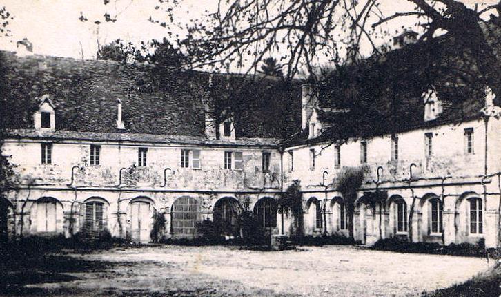 Photo du Monument Historique Couvent des Cordeliers situé à Châtillon-sur-Seine