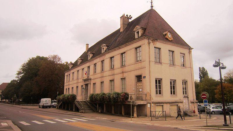 Photo du Monument Historique Sous-Préfecture situé à Châtillon-sur-Seine