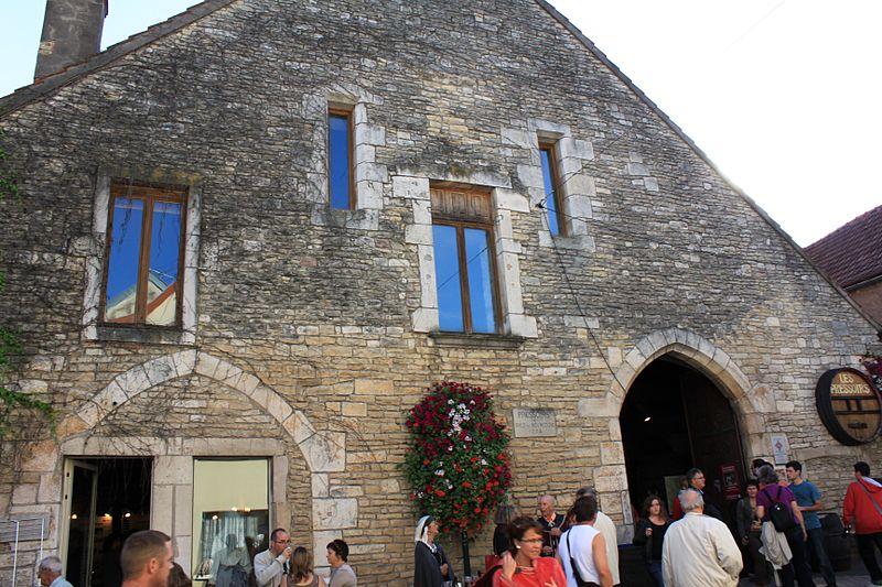 Photo du Monument Historique Pressoirs des ducs de Bourgogne et le bâtiment qui les renferme situé à Chenôve
