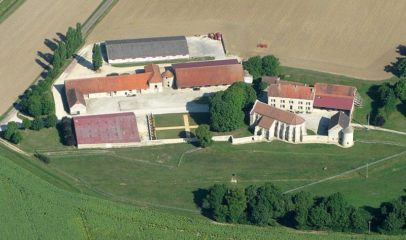 Photo du Monument Historique Ancienne commanderie de templiers d'Epailly situé à Courban