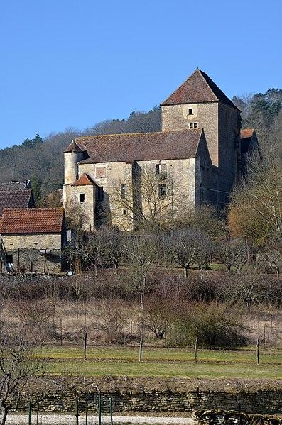 Photo du Monument Historique Château situé à Courcelles-lès-Montbard
