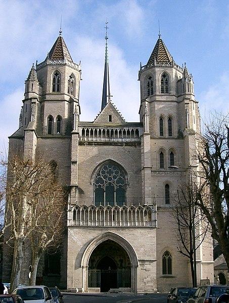 Photo du Monument Historique Cathédrale Saint-Bénigne situé à Dijon