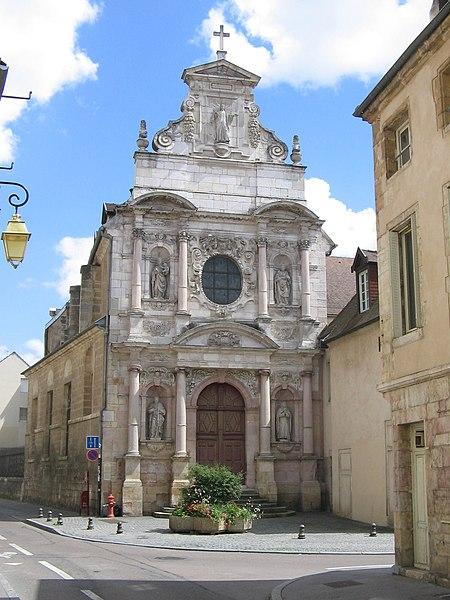 Photo du Monument Historique Chapelle des Carmélites situé à Dijon