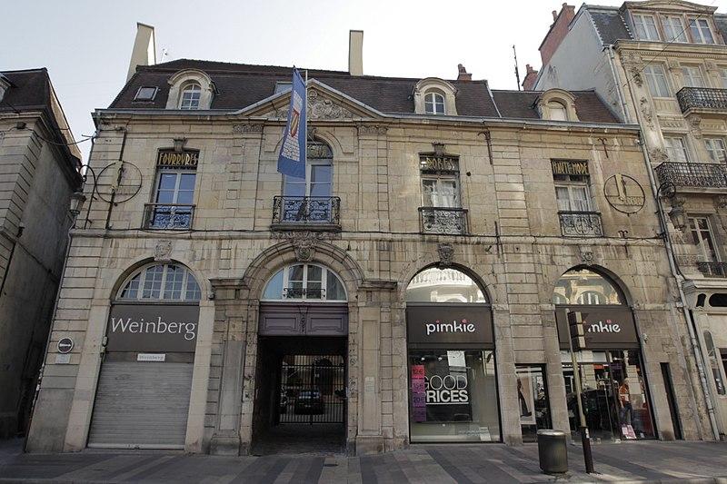 Photo du Monument Historique Hôtel Burteur situé à Dijon