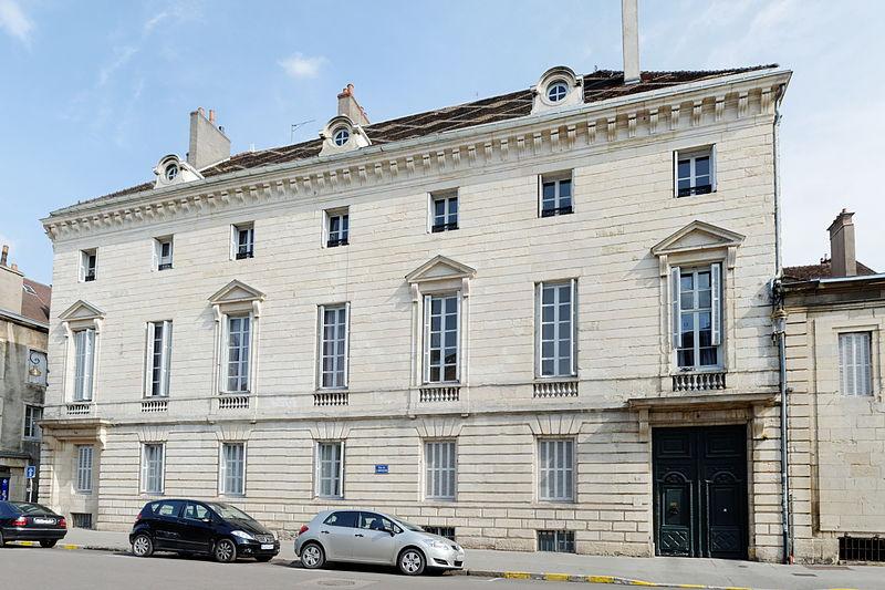 Photo du Monument Historique Hôtel Esmonin de Dampierre situé à Dijon