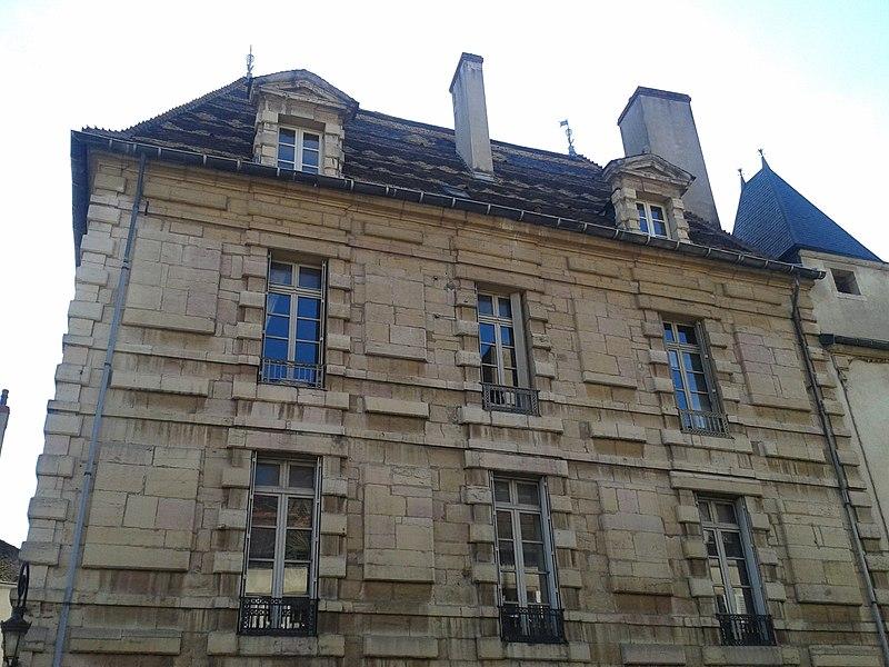 Photo du Monument Historique Hôtel Gauthier situé à Dijon