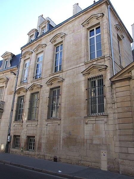 Photo du Monument Historique Ancien Hôtel Lemullier de Bressey situé à Dijon