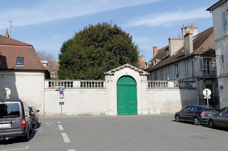 Photo du Monument Historique Hôtel Pouffier situé à Dijon